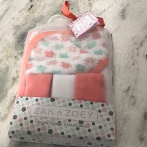 ⭐️Baby towel and wash cloths⭐️